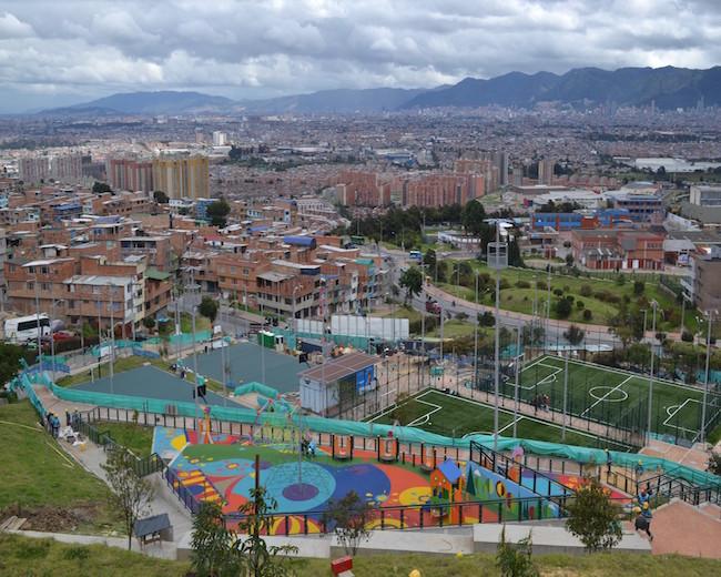 Construcción parque recreodeportivo Bogotá- Parque Sierra Morena